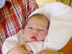 ŽOFINKA JE TU! ŽOFIE MICHLOVÁ věnovala svůj první úsměv rodičům Martině a Markovi  v jičínské porodnici 22. července 2016. Holčička  vážila 3 400 g a měřila 48 cm. Rodiče si ji odvezli domů do  Nymburka, kde se už na ni těšil také šestiletý bráška Vítek.