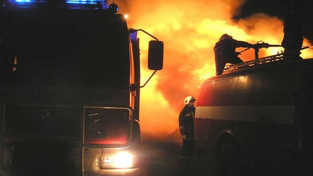 Nymburští dobrovolní hasiči jsou na stáži v Makedonii