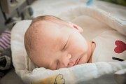 Filip Ambroz, Nymburk. Narodil se 8. června 2019 v 1.40 hodin, vážil 3 360 g a měřil 49 cm. Z chlapečka se radují rodiče Lucia a Daniel.