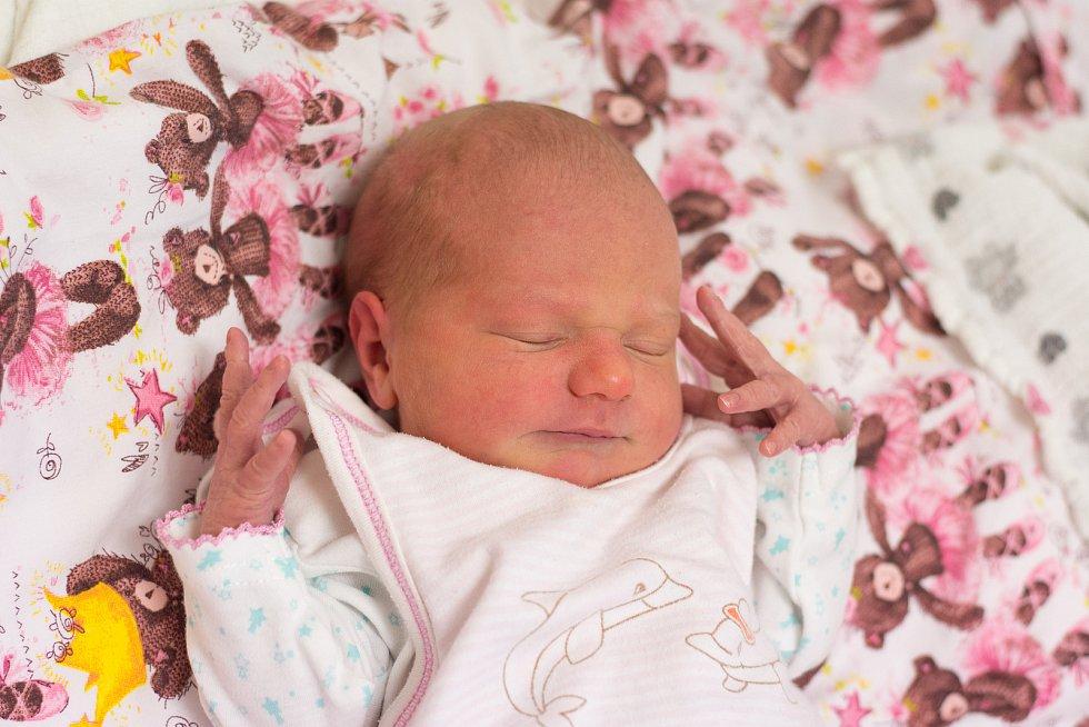 Nela Margareta Sedláčková z Lysé nad Labem se narodila v nymburské porodnici 24. listopadu 2020 v 2.27 hodin s váhou 3220 g a mírou 48 cm. Domu odjela s maminkou Nikolou, tatínkem Janem a bráškou Bartolomějem (3 roky).