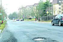 Armádní ulice v Milovicích.