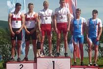 NYMBURŠTÍ KANOISTÉ Petr Fuksa junior a Dan Kořínek skončili na regatě v Piešťanech dvakrát na třetím místě