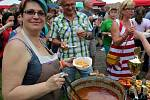 Další ročník akce Městecký gulášek se v sobotu 1. června uskutečnil na zahradě kulturního domu v Městci Králové.