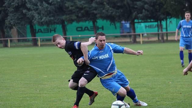 Z okresního fotbalového derby I.B třídy Sokoleč - Libice nad Cidlinou (1:2)