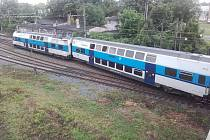 Vykolejený vlak v Nymburce.