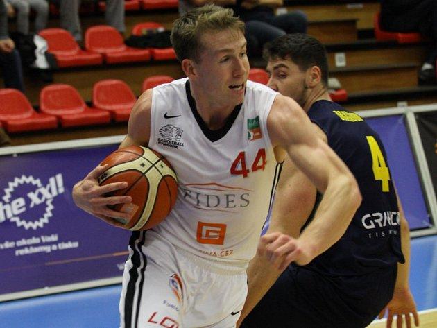 TOMÁŠ VYORAL, nymburský basketbalista, je jedním z pěti českých hráčů, kteří jsou na reprezentačním srazu.