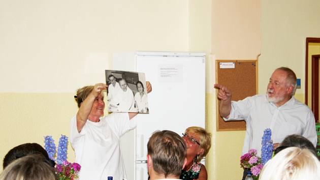 Den otevřených dveří v psychiatrické léčebně v Sadské k výročí 50 let od založení.