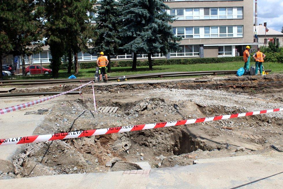 Situace na stavbě druhého kruhového objezdu.