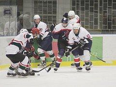 Hokejisté Poděbrad poslední zápas sezony nezvládli, na ledě Žabonos prohráli 0:6
