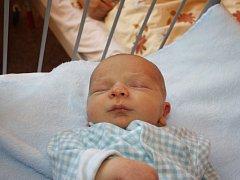 ŠTĚPÁNEK JE PRVOROZENÉ MIMINKO. Štěpán ŘEHÁČEK  se narodil 8. října 2015 v 10.17 hodin. Klouček vážil 3 280 g a měřil 49 cm. Maminka Jitka a tatínek Pavel z Prahy si nechali prozradit předem, že budou mít synka.