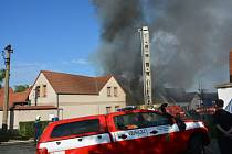Požár domu v Milovicích.