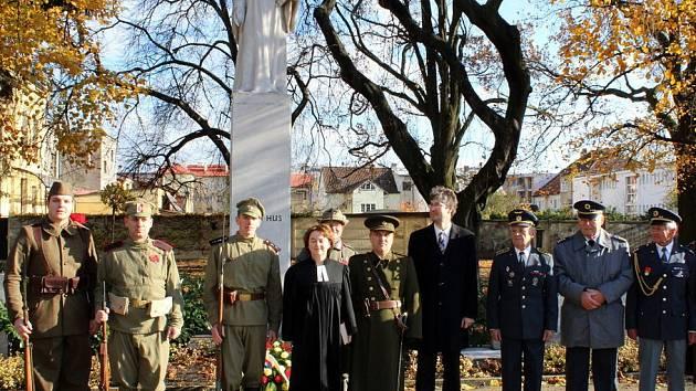 V nymburském Parku hrdinů si připomněli Den válečných veteránů