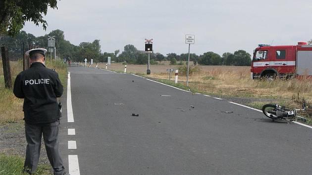 Smrtelná nehoda se stala v sobotu po poledni na silnici první třídy mezi Krchleby a Strakami.