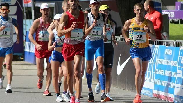 Z chodeckých závodů na poděbradské Kolonádě (2021)