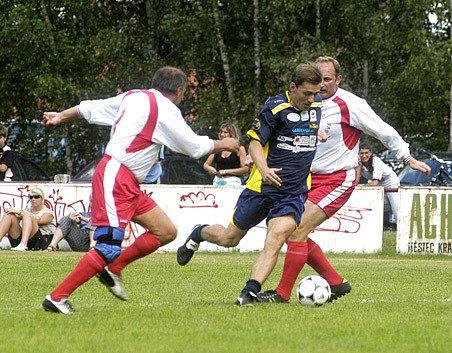 V takzvaném Arabela týmu se představil například Petr Vondráček (uprotřed).