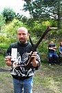 S parohem a prázdnou lahví v kouli Miloslav Lenin Slavík