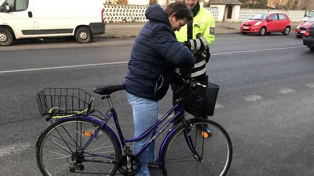 S vybavením kol měli někteří cyklisté problém.