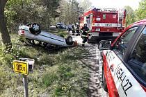 Nehoda u dálničního přivaděče u Sadské.
