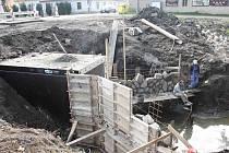 Oprava hráze a výpusti Salvátorského rybníka v Přerově nad Labem