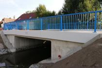 Zrekonstruovaný most ve Vykáni.