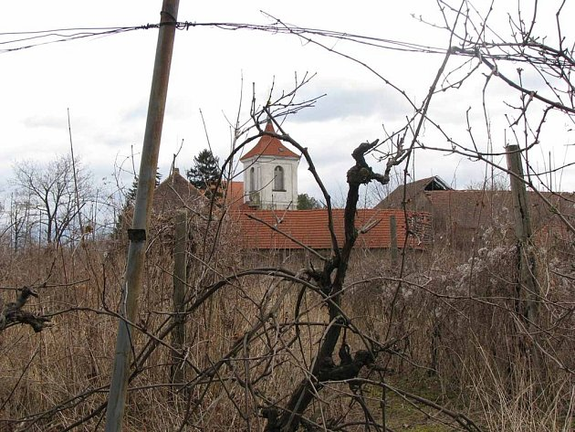 Farář v Sadské zemřel na infarkt