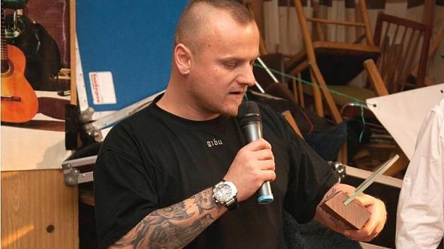 Ladislav Spilka při loňském vyhlašování Otíka v Dělnickém domě