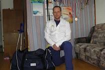 MÁ SBALENO. Jiří Raul z Křečkova je připravený odcestovat do ruského Soči na paralympijské hry, kde bude Českou republiku reprezentovat v sledge hokeji