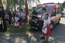 Z oslavy 140 let Sboru dobrovolných hasičů ve Mcelích.