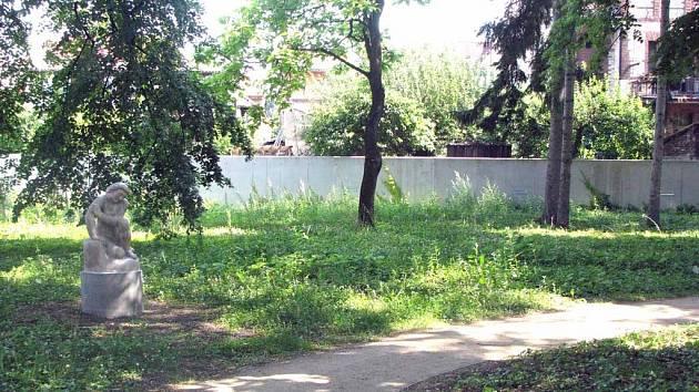 V této části parku má dojít k obnově rostlin