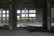Opuštěný areál v nymburských Drahelicích