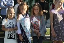 Celá škola v Rožďalovicích vítala prvňáčky