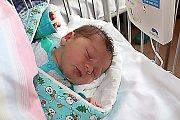 OGDAN ROBERT JE KLUK JAK BUK. Gheonea Bogdan Robert se narodil 12. října 2017 v 8.30. Vážil 3 940 g a měřil 50 cm. Doma bude s rodiči Maričikou a Kieleu v Nymburce.