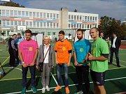 Otevření sportovního hřiště se zúčastnil i mistr světa v kanoistice Martin Fuksa.