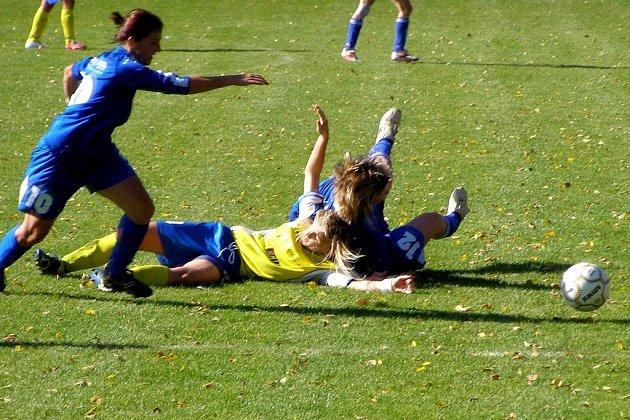 Prvoligové starolyské fotbalistky na první výhru stále čekají. Naposledy prohrály v Plzni