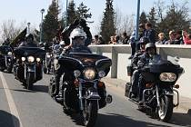 Motorkáři zahájili sezonu srazem v Poděbradech
