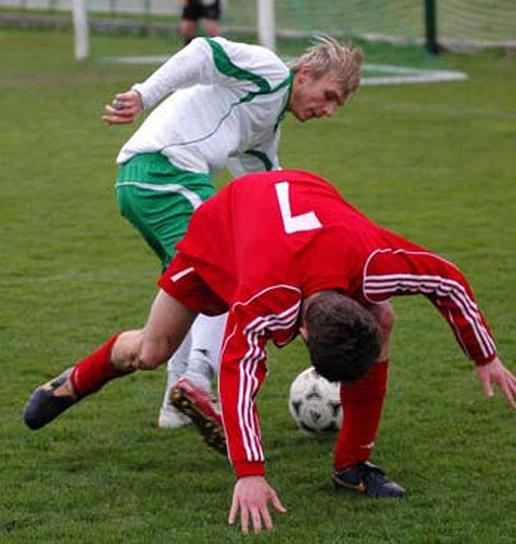 Nymburský Pěnička rozehrál v 80. minutě rohový kop, po němž dal Košvanec vítězný gól.
