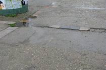 Mělo by dojít na rekonstrukci povrchu v ulici Letců R.A.F.