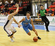 Z basketbalového utkání NBL Nymburk - Olomoucko (124:62)