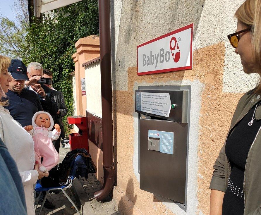 Babybox v nymburské nemocnici.