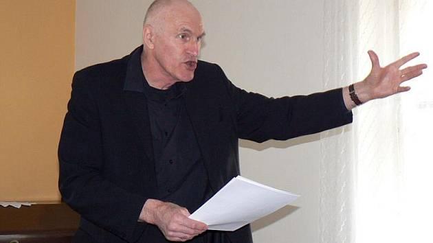 Profesor Martin Hilský četl úryvky z Shakespearovy komedie Zkrocení zlé ženy