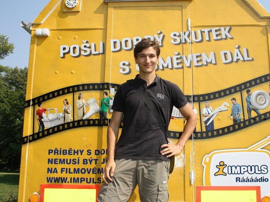 Kinematograf bratří Čadíků bude promítat pod nymburskými hradbami koncem měsíce.