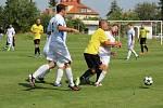 Z přípravného fotbalového utkání Velim - Libice n. C. (4:2)