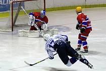 Z hokejového utkání play off druhé ligy Nymburk - Děčín (5:1)