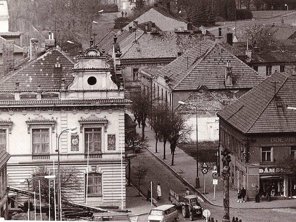 Husova ulice, Poděbrady.