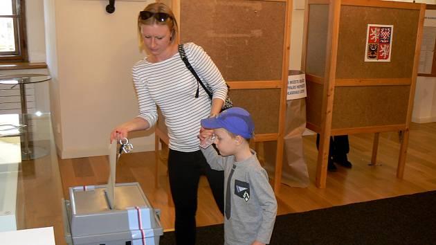 Volby v Lysé nad Labem.
