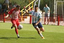 Z divizního fotbalového utkání Kutná Hora - Poříčany (1:2)
