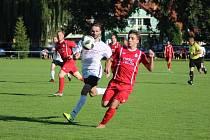 Z přípravného fotbalového utkání Sokoleč - Velim