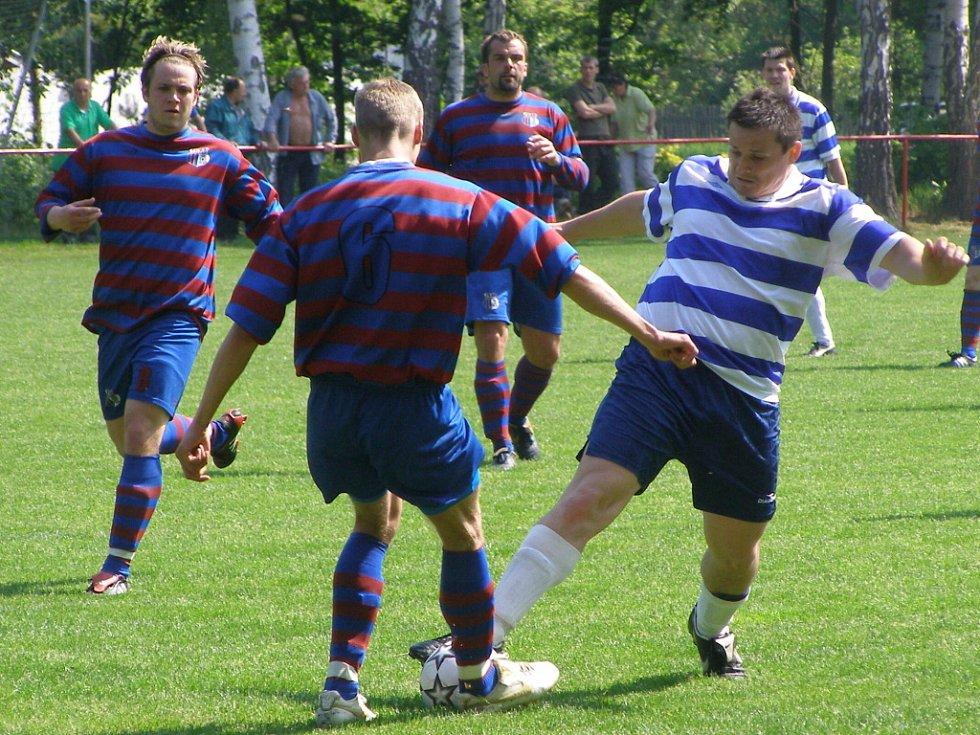 Okresní derby I.B třídy Loučeň - Jíkev (2:0)