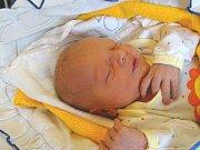 FILIP Berky se narodil ve středu 20. prosince 2017 ve 12.14 hodin s mírami 47 cm a 2 900 g Pavlíně a Peterovi z Nymburka jako prvorozený.