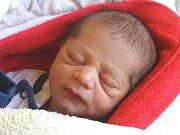 ADAM POMPA se narodil 8. února 2018 v 15.44 hodin s výškou 43 cm a váhou  2 280 g. Rodiče Anna a David si syna odvezou domů do Velkého Zboží za dvouletým bráškou Sebastianem.